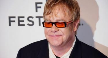 """Elton John vai dirigir o musical """"O Diabo Veste Prada"""""""