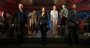 A tripulação reembarca para mais uma Temporada no universo no Syfy