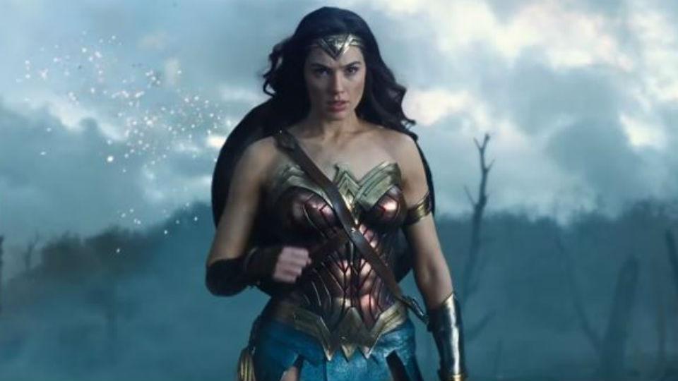 Warner pretende que Mulher Maravilha se torne no primeiro filme de super-heróis a ser nomeado para um Óscar
