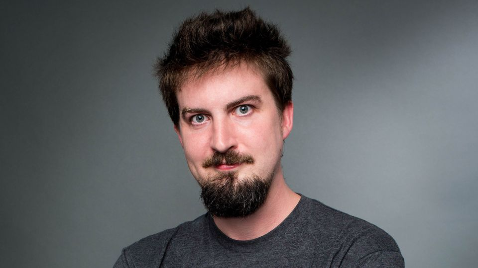 "Adam Wingard (""You're Next"", ""Blair Wiatch"" ou ""The Guest"")."