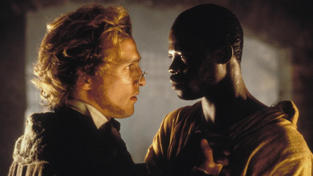 Amistad - Um filmaço de Steven Spielberg, com Matthew McConaughey e Djimon Hounsou no centro da trama. Anthony Hopkins e Morgan Freeman também entram neste drama que passa no AXN Black, às 4h. Repete às 11h.