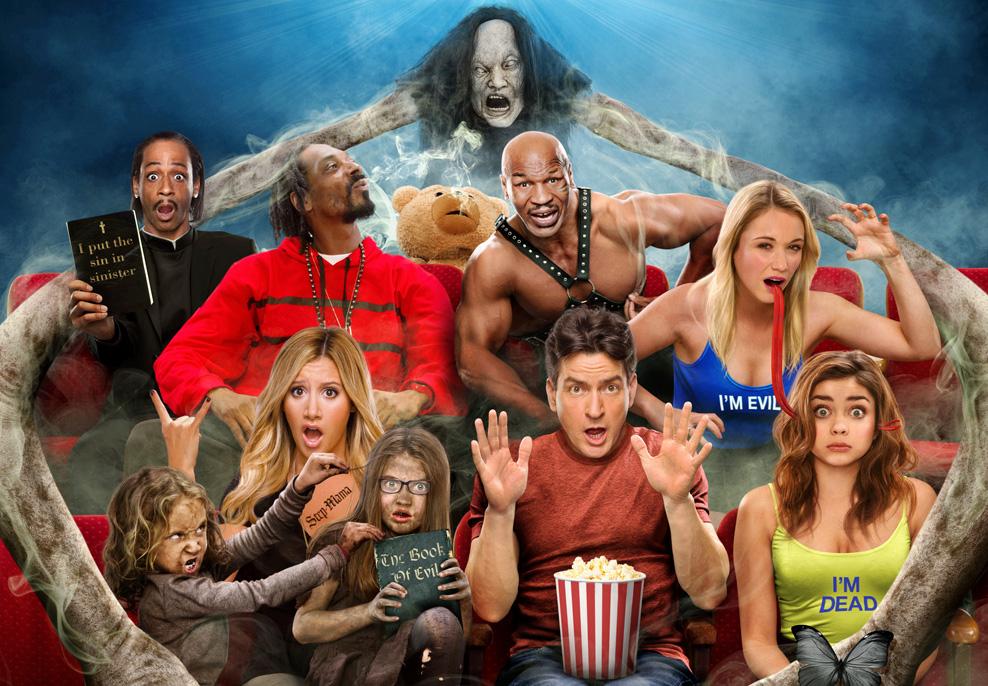 """Scary Movie 5 - E não podia faltar as paródias ao terror, com o quinto filme da hilariante saga """"Scary Movie"""". Às 18h05, na FOX Movies."""