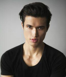 """Charles Melton (""""Glee"""") será o """"novo"""" Reggie""""."""