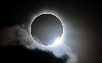 Eclipse em directo